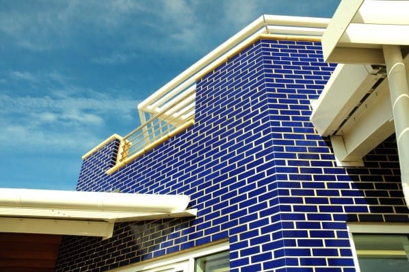 Blue glazed bricks
