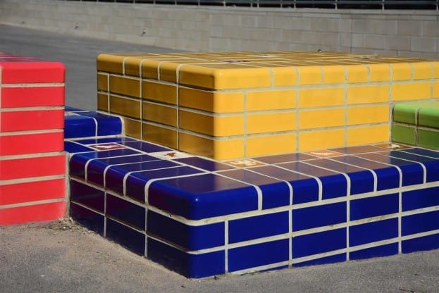 Glazed bricks primary colours