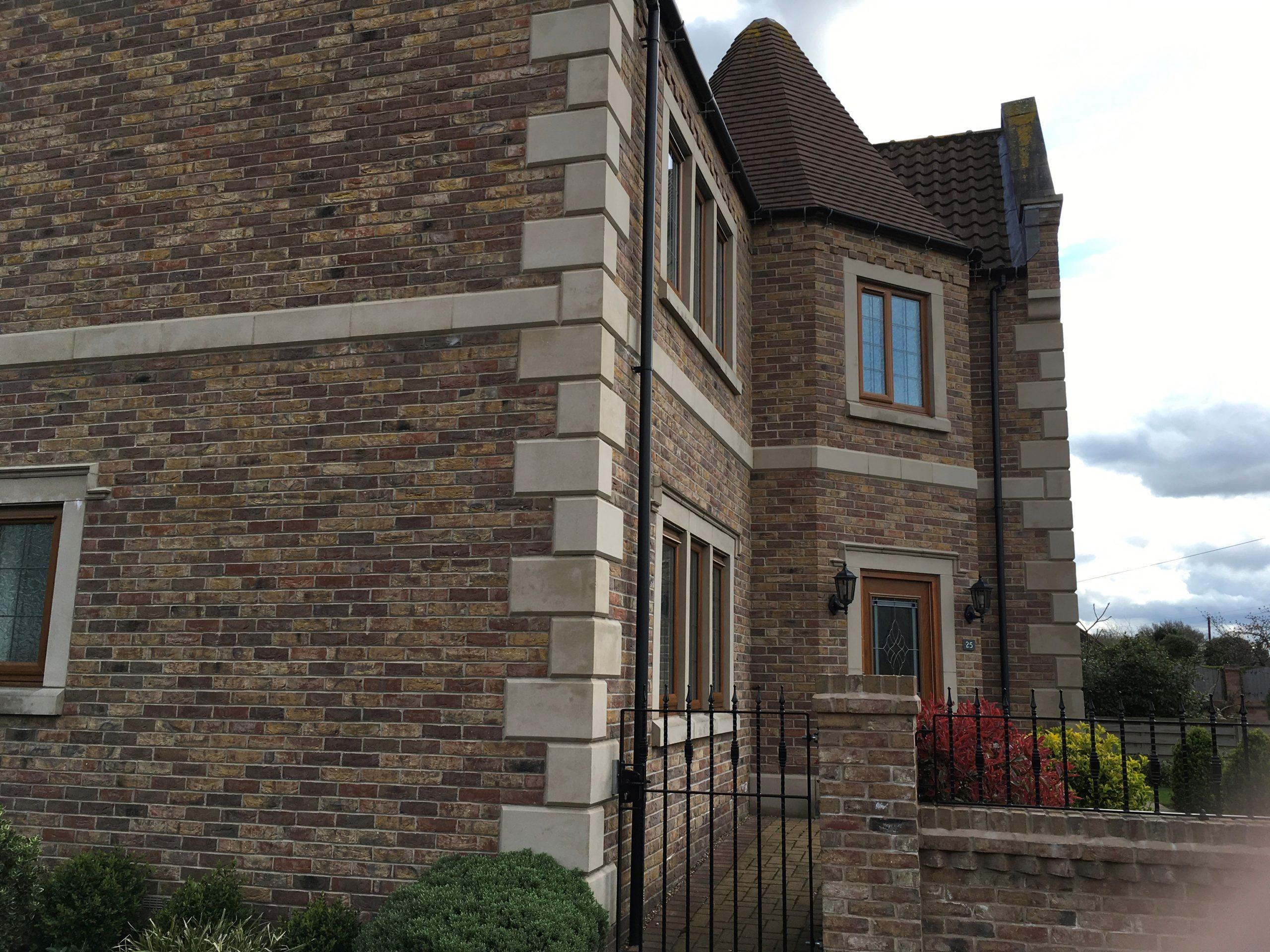 Multi blend bricks and stone quoins